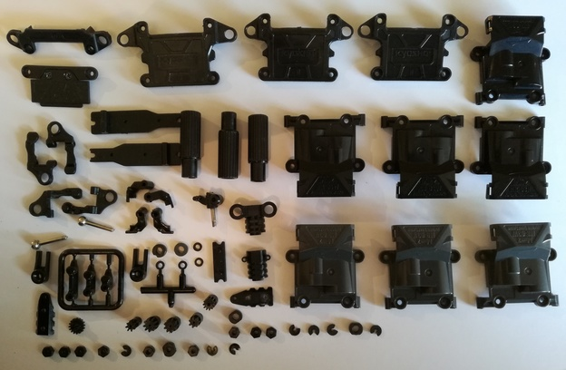 Pièces MR03 - Pneus - Moteurs - LapZ - Carros - Lipo & Chargeur Pieces_plastique